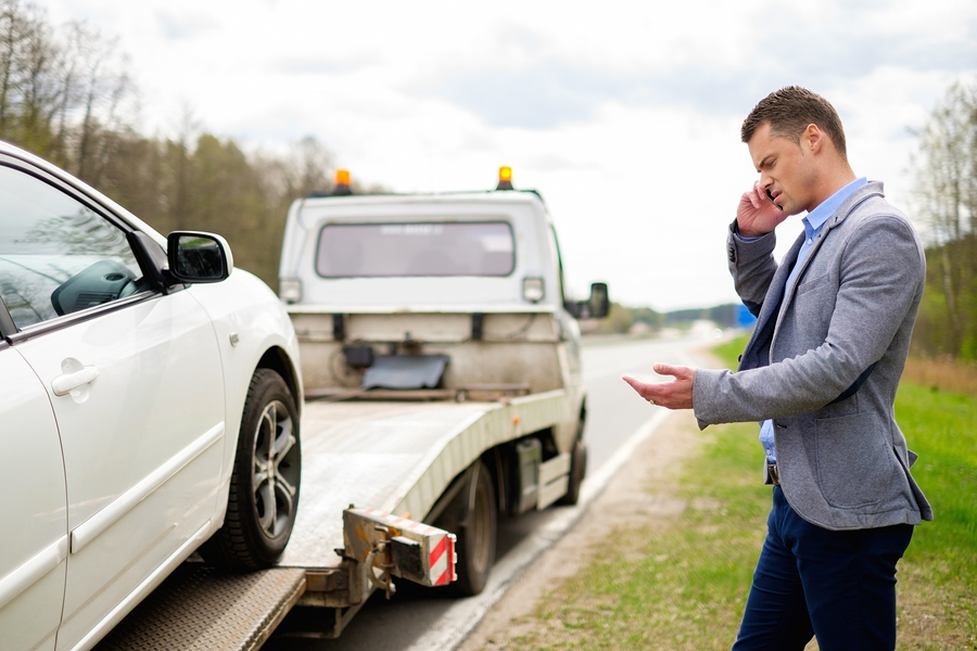 man called for car towing